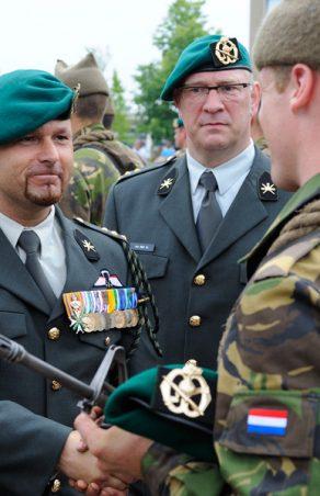 Commando's verwelkomen nieuwe maten in hun midden