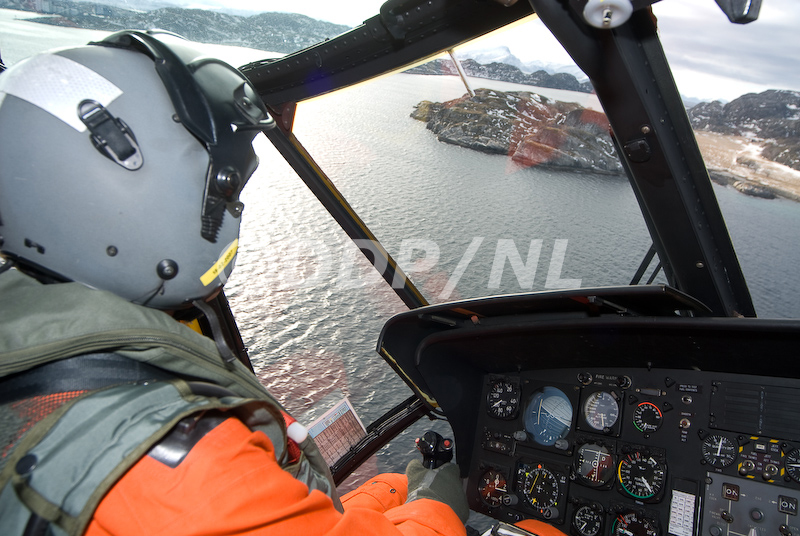 SAR 330 Sq. Norwegian AF Photogallery