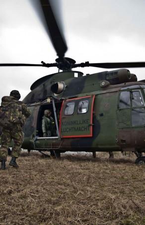 Hoe bedoel je, 'Air Assault' staat in Nederland ter discussie?