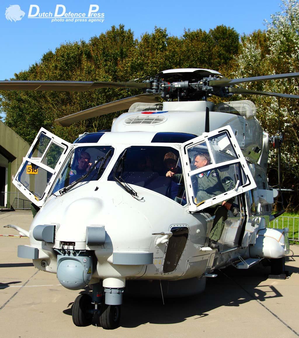 Luchtmachtdagen 2011-vliegbasis Leeuwarden