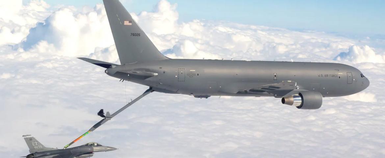 USAF KC-46 tankers in zwaar weer