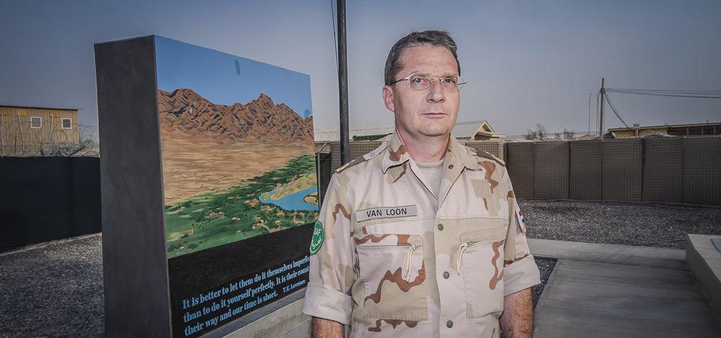 Nederlandse generaal leidt groot commando in oorlogsomstandigheden